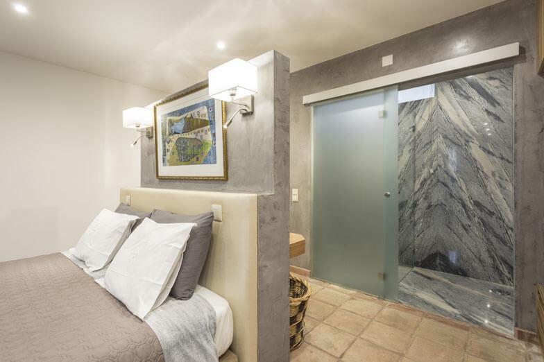 Mampara de ducha y puertas de paso PROFILTEK en Casa Rural A Serenada