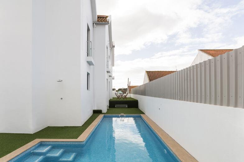 Mamparas de ducha Newglass de Profiltek en Hotel A Seleção en Portugal