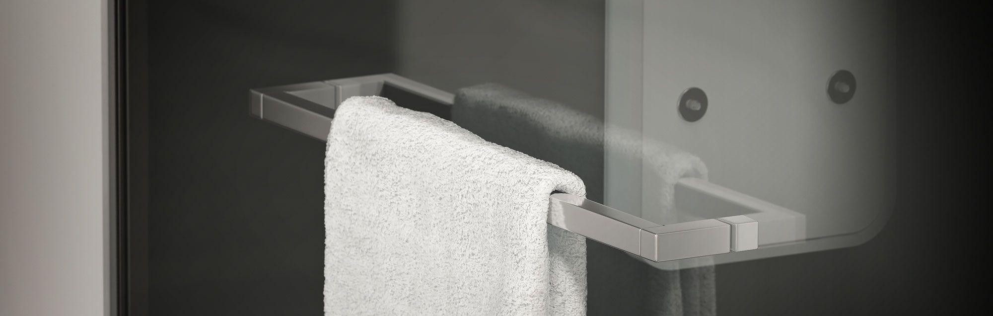 Serie Alhambra de mamparas walk-in de bañera a medida