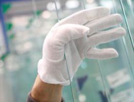 Quality and adhesion guaranteed with IMAGIK digital printing onto glass