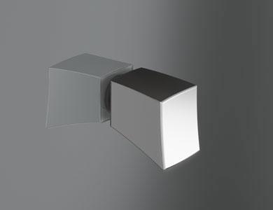 Sofia knob as standard,glossy chrome