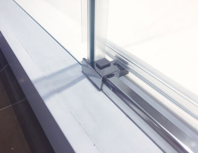 Door release system for easy cleaning. HIT Profiltek