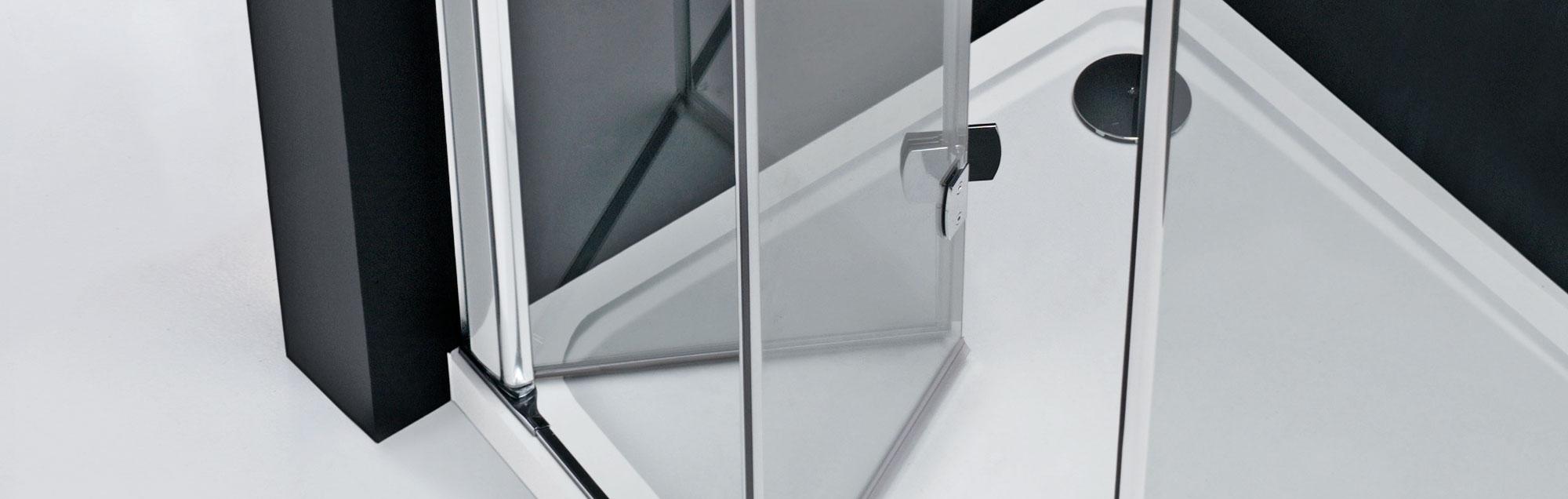 duschw nde mit faltelementen von profiltek. Black Bedroom Furniture Sets. Home Design Ideas